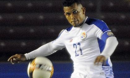 Amílcar Henríquez con la Selección de Panamá.