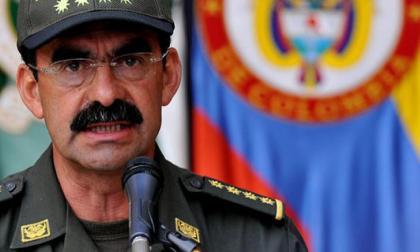 """Fiscalía cita al general (r) Palomino por """"tráfico de influencias"""""""