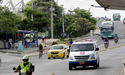 Sanciones para quienes invadan el carril de 'solo bus' en Soledad