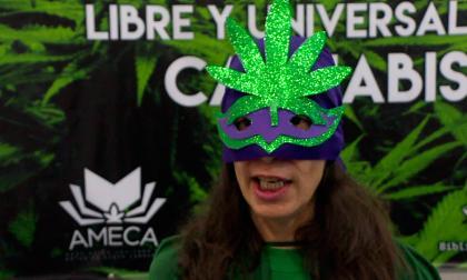 """""""Súper María"""" promueve uso lúdico de marihuana en México"""