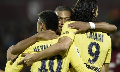 Cavani, Neymar y Mbappé se dan un festín con el Metz