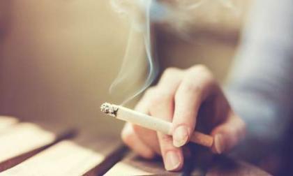 Estudio dice que fumar cambia células pulmonares, las prepara para desarrollar cáncer