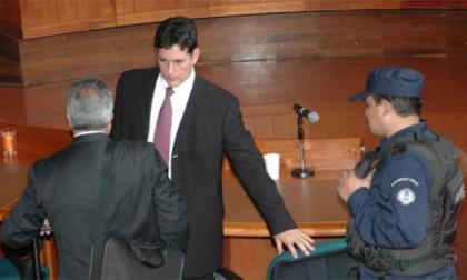 Por 'chuzadas', condenan a 7 años y 10 meses al exdirector del DAS Jorge Noguera