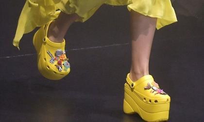 ¿Vuelve la moda de los Crocs con la marca Balenciaga?