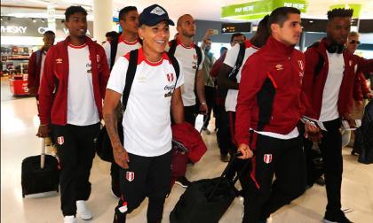 Perú haciendo su arribo  a Nueva Zelanda.