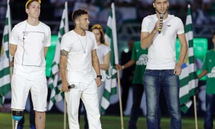 """""""Mucha gente gritaba 'Dios, ten piedad'"""": jugadores del Chapecoense rememoran la tragedia aérea"""
