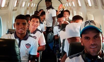 Cantillo, Chará y Teófilo se subieron en el avión