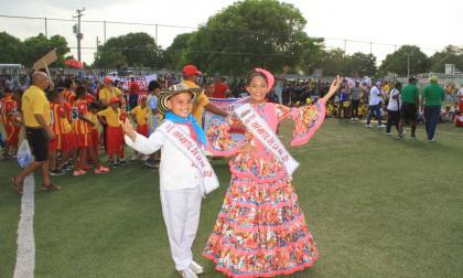 Samuel Quintero y Laura Ospino, reyes infantiles del Carnaval De La 44.