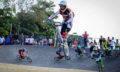 En el evento deportivo participaron 70 bicicrosistas.