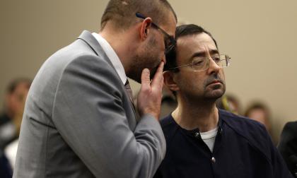 Larry Nassar fue condenado a una pena de 40 y 175 años de presión