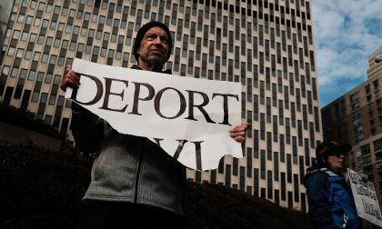 EEUU levanta restricción de ingreso a refugiados de 11 países