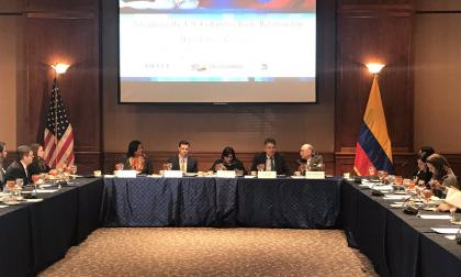 Reunión de los ministros de Comercio, María Lorena Gutiérrez, y de Hacienda, Mauricio Cárdenas, con los empresarios estadounidenses.