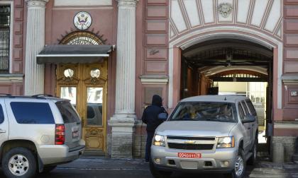 Londres tendrá un mes para reducir su personal diplomático: ministerio ruso