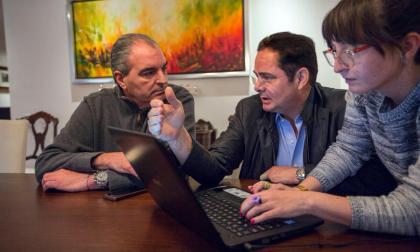 Aspecto de la reunión entre Germán Vargas Lleras y Aurelio Iragorri.