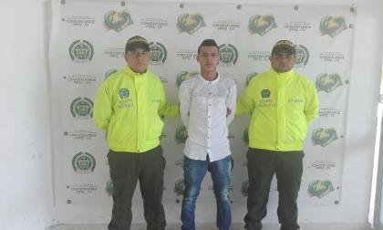 Azael Elías Hernández Pérez, capturado por las autoridades policiales.