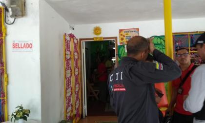 """Denuncian maltrato a ancianos en hogar geriátrico Los Girasoles: """"los amarraban desnudos en una cama"""""""