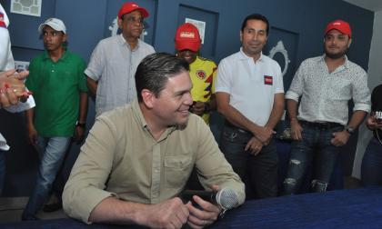 """""""Seré el padrino de La Guajira"""": Juan Carlos Pinzón"""
