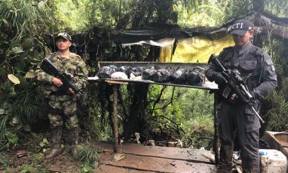 Hallan laboratorio para la producción de cocaína en Cundinamarca
