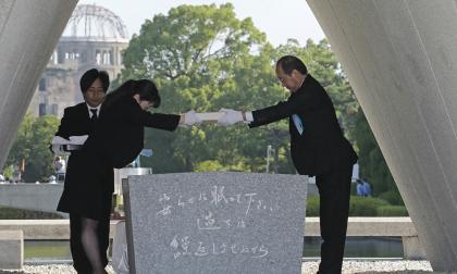 Parte de la ceremonia que se efectúo en memoria de los fallecidos.