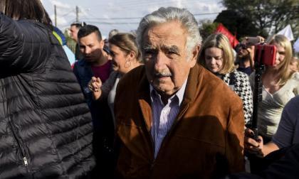 """Mujica deja curul en el Senado de Uruguay por """"motivos personales"""""""