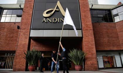Dejan en libertad a implicados en atentado a Centro Comercial Andino