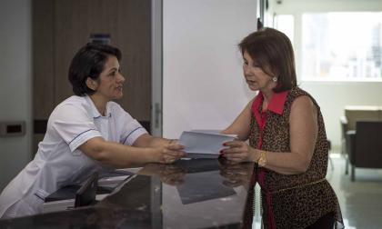 Una trabajadora del sector salud en Barranquilla.