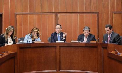 Senado y Cancillería intentarán mitigar crisis de venezolanos en Colombia