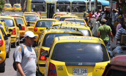 Polémica por cobro de Sayco a taxistas por escuchar música