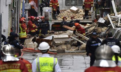 Dos heridos leves tras el colapso de dos edificios en Marsella