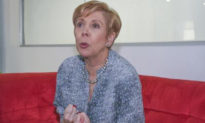 La actriz Consuelo Luzardo en una visita a instalaciones de EL HERALDO.