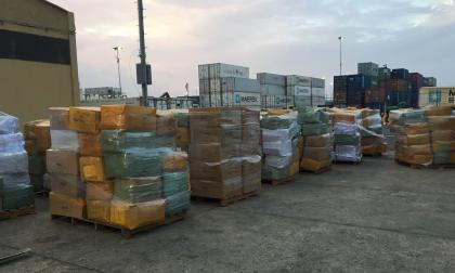 Dian aprehende confecciones y calzado de contrabando en el Puerto de Barranquilla