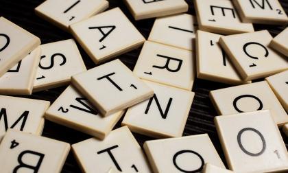 El español, segunda lengua materna del mundo, pero lejos del inglés en internet