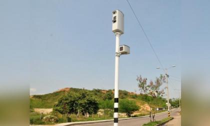 Una cámara instalada en una vía nacional.