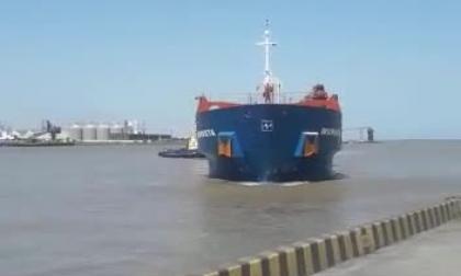 En video | Buque colisiona contra puerto de la Sociedad Portuaria Palermo