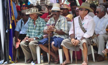 Durante una reunión de la junta mayor de palabreros de la etnia indígena wayuu, en La Guajira.