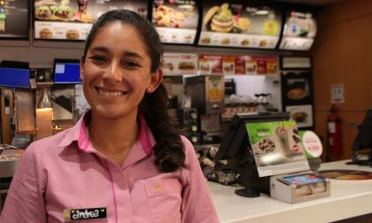 Arcos Dorados generará 2.600 empleos para jóvenes en Colombia