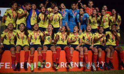 Futbolistas colombianas exigen que siga la liga profesional femenina