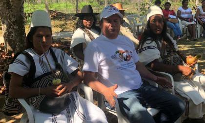 Indígenas de Nabusimake en la campaña de salud.