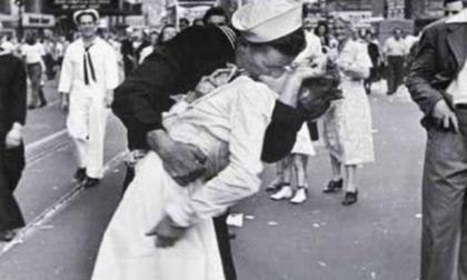 Cinco de los besos más emblemáticos para celebrar el Día Internacional del Beso