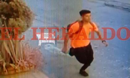 En cámaras fue captado supuesto asesino de docente en Galapa