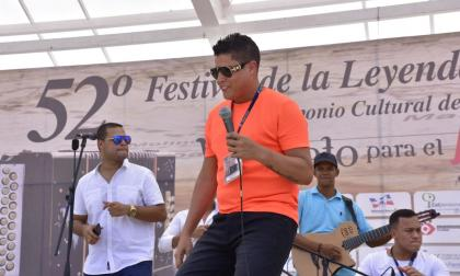 Rafa Pérez en tarima este lunes en Valledupar.
