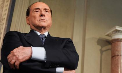 El magnate de las comunicaciones y ex primer ministro italiano Silvio Berlusconi, de 82 años.