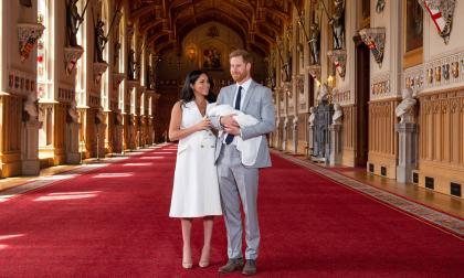 En video | El príncipe Enrique y Meghan presentan a su primer hijo en Windsor