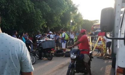 Habitantes de Juan de Acosta durante el bloqueo.
