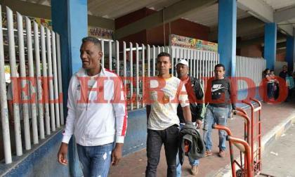 En video   Nueve de los colombianos exdetenidos en Caracas llegan a Barranquilla