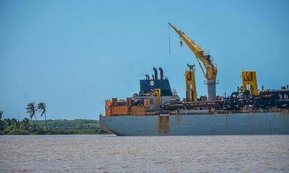 Restricción en el canal: 4 buques han sido desvíados