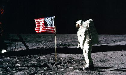 En video | Apolo 11, un espectáculo mediático sin precedentes en el mundo