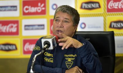 'Bolillo' no sigue con Ecuador