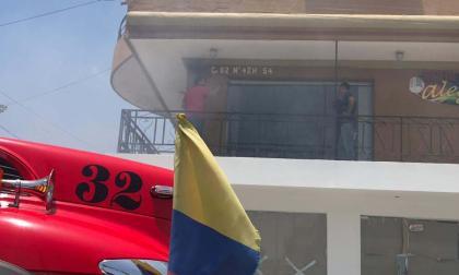 Bomberos controlan incendio en emisora ubicada en el norte de Barranquilla