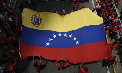 Gobierno y oposición venezolana retoman sus diálogos en Barbados